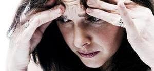 девушку беспокоят навязчивые мысли