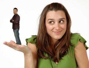 девушка не знает как вести себя с мужчинами