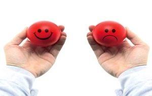 шарики, имитирующие человека в плохом и хорошем настроении