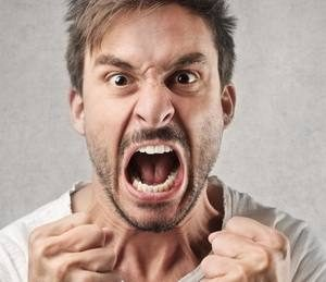 агрессивная аффективная реакция мужчины