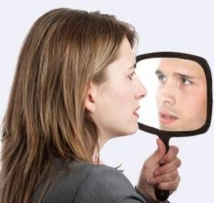 женщина видит себя мужчиной