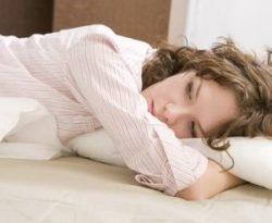 у девушки проблемы со сном
