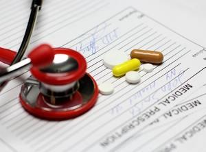 таблетки на рецепте, выписанном врачом