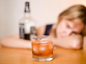 зависимость женщины от спиртного