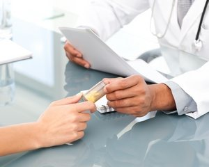 врач выписал пациентке седативный препарат