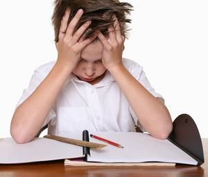 ребенок страдает от физических и нервных перегрузок