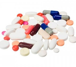 разные таблетки и капсулы
