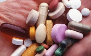 транквилизатор бензодиазипинового ряда, способствующим оказанию седативного и анксиолитического действия