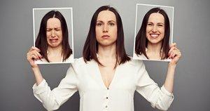 резкие перепады настроения, отличные от смены эмоционального настроя здоровых людей