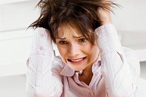 девушка испытала стресс