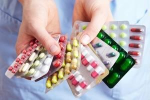 пластины с капсулами и таблетками