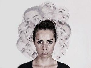 маскообразное лицо