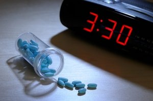 часы и лекарство