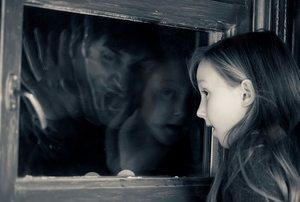 у девочки галлюцинации