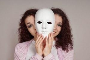 раздвоение личности