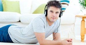 тяга к прослушиванию музыкальных произведений