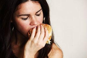 переедание при стрессе