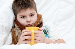 у мальчика болит горло
